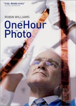 One Hour Photo DVD Cover Art